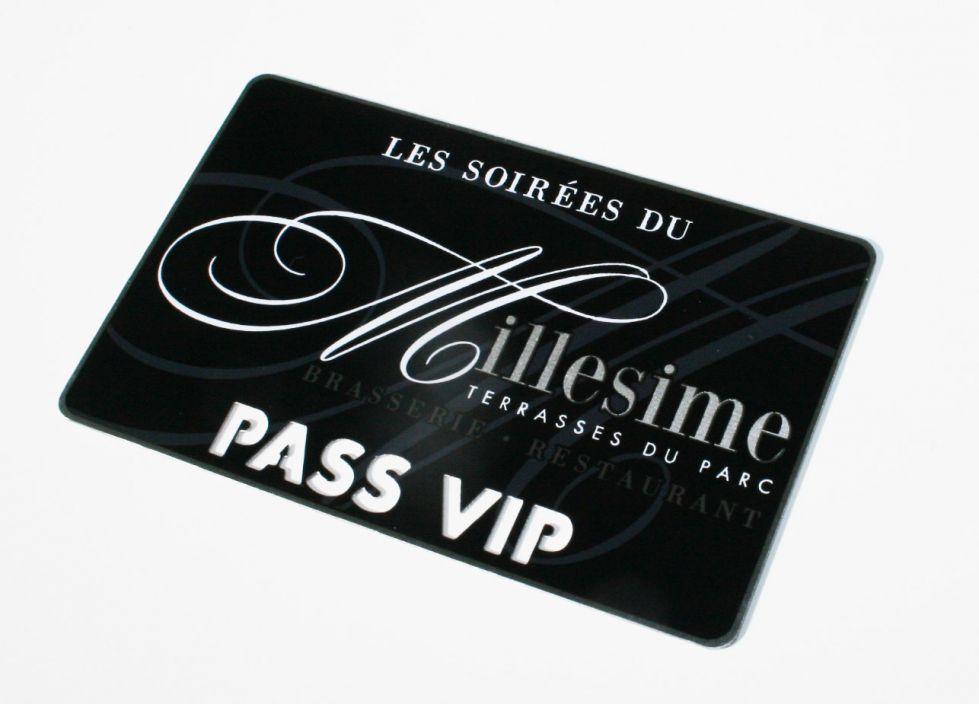 MILLESIME Restaurant Pass VIP Imprimee A 80 Fine Gravure Et Stries Sur